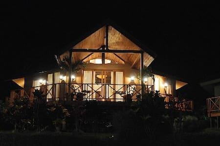 Spectacular Lake Arenal Rental - Villa