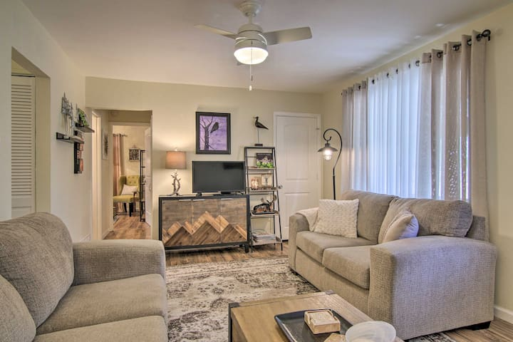 NEW! The Springs Bungalow w/Patio by Memorial Park