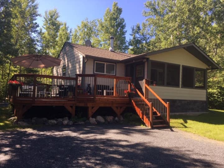 Coziest Cottage Getaway