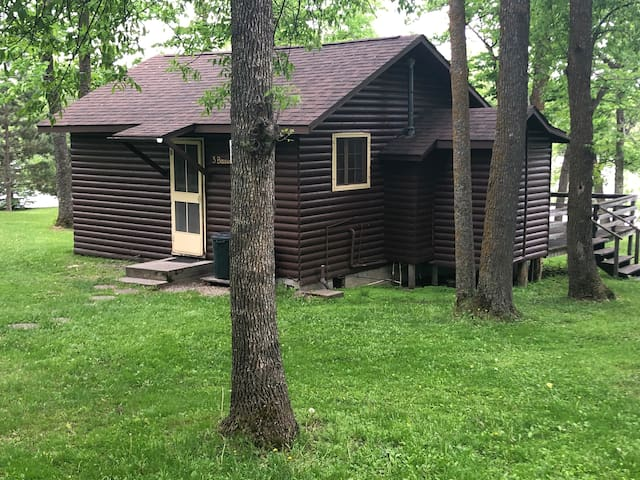 Cozy Cabin on Pelican Lake - Island View Resort