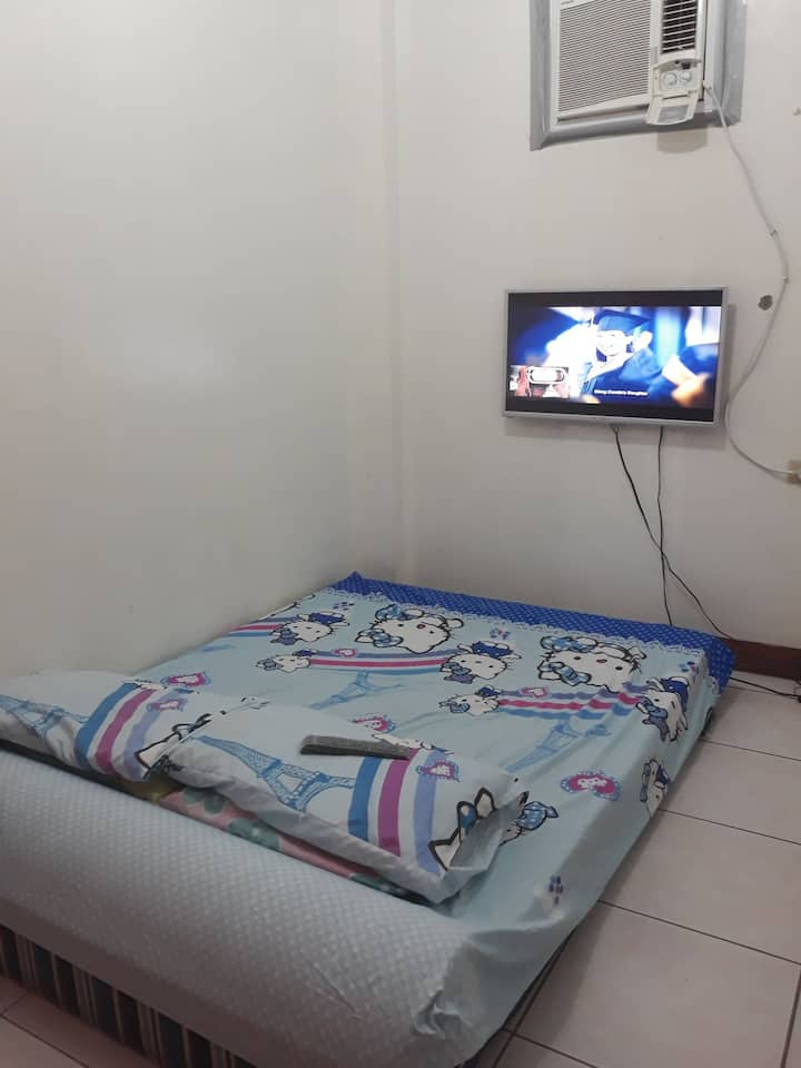 Cozy place for friends or family in  Taguig City