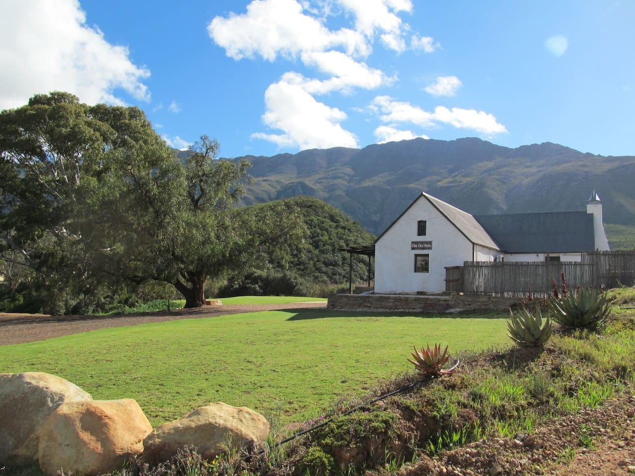 Die Ou Huis / The Old Farmhouse