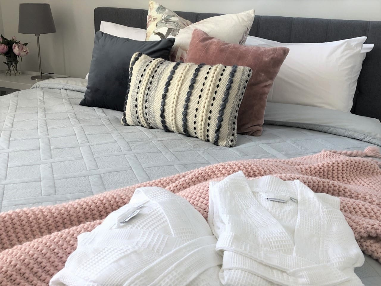 Enjoy a luxurious stay in Sapphire Beach home, relax and enjoy the comfort of quality bedding and linens whilst rejuvenating your energy.