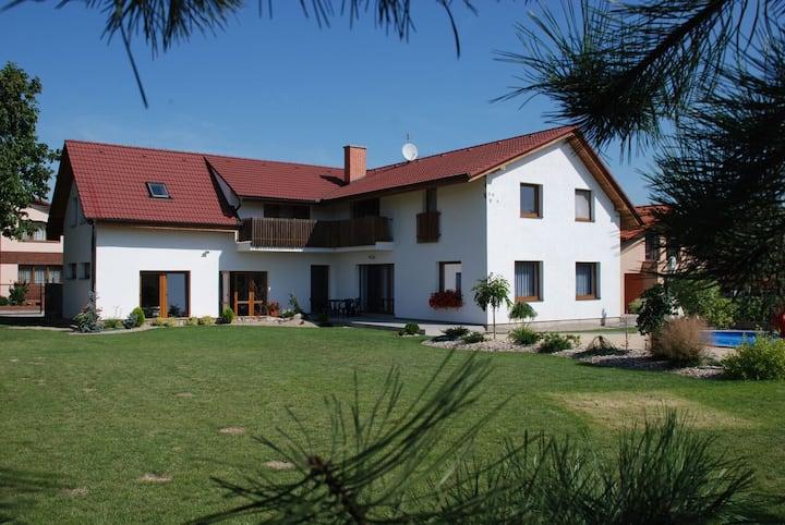 Casa de Mikulovice nearby Pardubice
