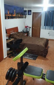 Habitación privada con baño - Ciudad López Mateos
