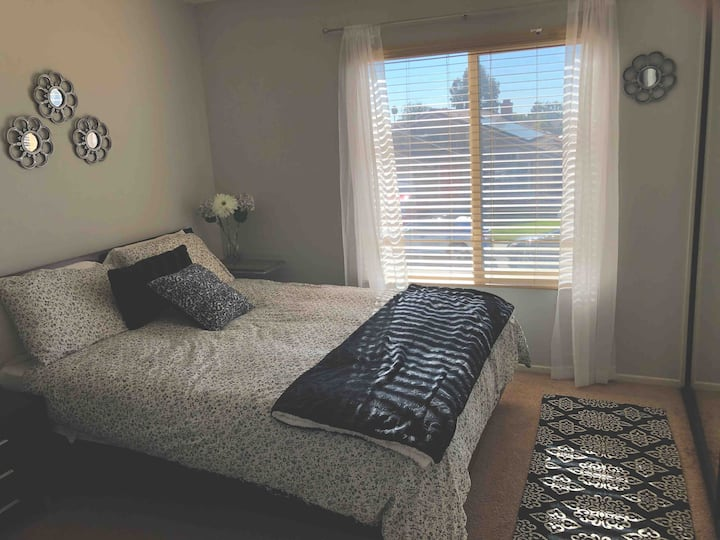 Private Bedroom w/ Bathroom - Centrally Located