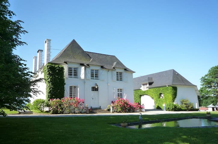 Clos Mirabel Manor - Business Travel - Jurançon - Bed & Breakfast
