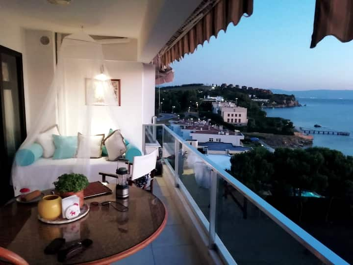 Bayramoglu Seaside Spectacular Apartment