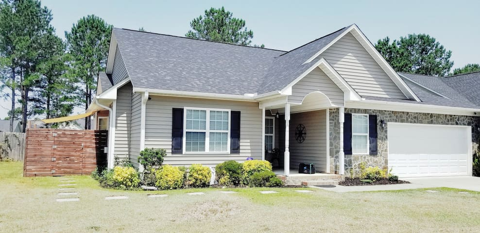 Quiet Home Close to the Heart of Fayetteville NC