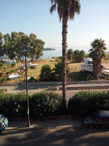 Appartamento vista mare lato Porto di Milazzo