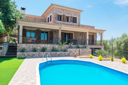 Teujana - Finca mit privatem Pool und Garten - Santa Eugènia