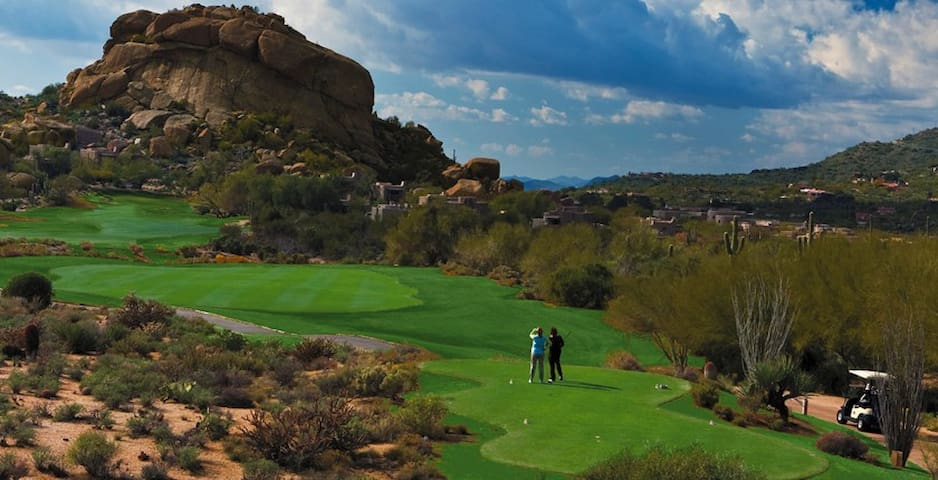 Beautiful Casita THE BOULDERS Golf/Spa Community!