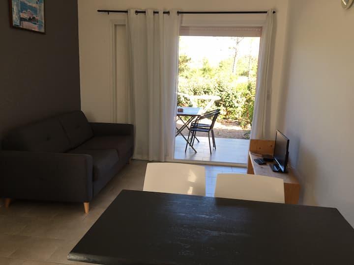 Maison dans résidence avec piscine partagée (A2)