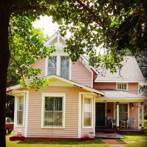 Rose Cottage-Baxter Springs, Kansas