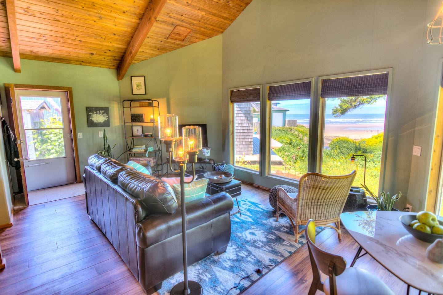 Living area with views of Starr Creek and the ocean.
