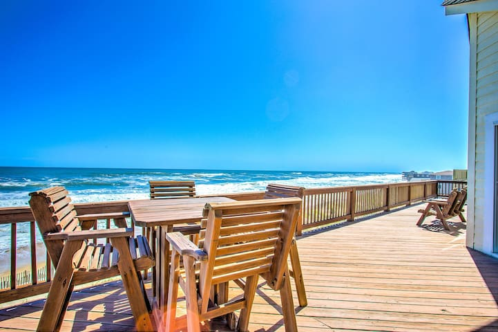 8045* Mirlo Hi* Oceanfront* Pet Friendly* Elevator* Rec.room w/Pool Table & Foosball Table