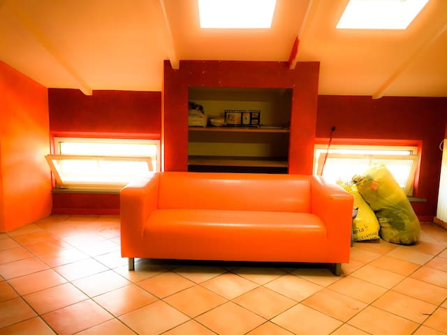Mansarda bilocale accogliente - Madregolo - Lägenhet