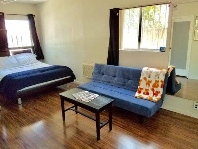 Convenient Master Bedroom in hip Atwater Village