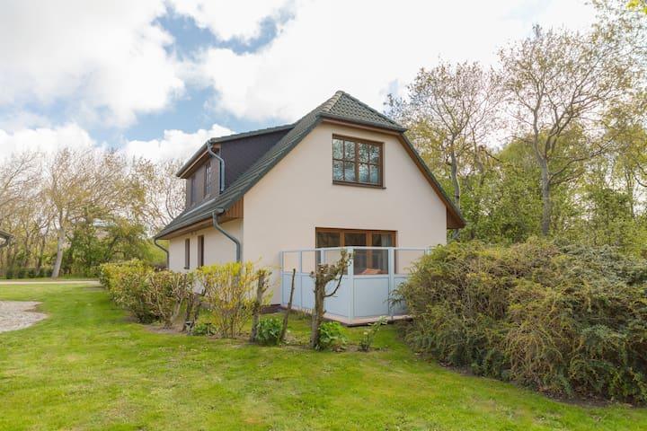 Ferienhaus für 4 Gäste mit 65m² in Dierhagen (118593)