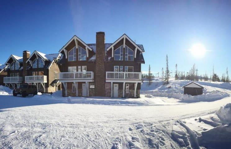 Mysig fjällägenhet med logdekänsla - Åre - Alpstuga