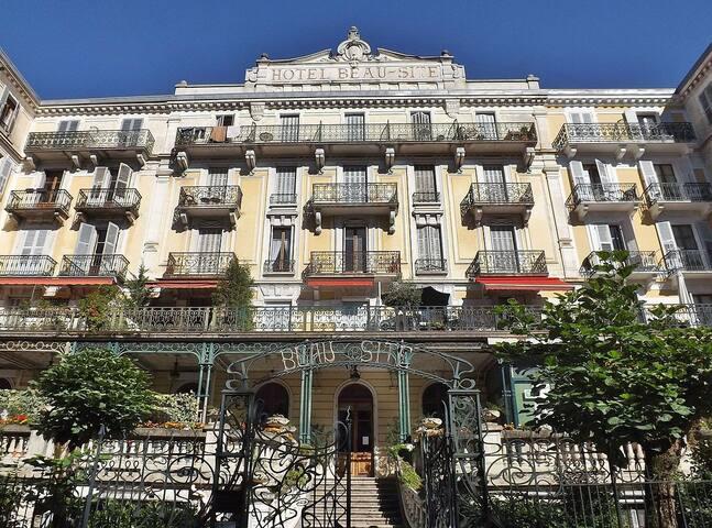 Logement équipé dans ancien Hôtel Le Beau Site