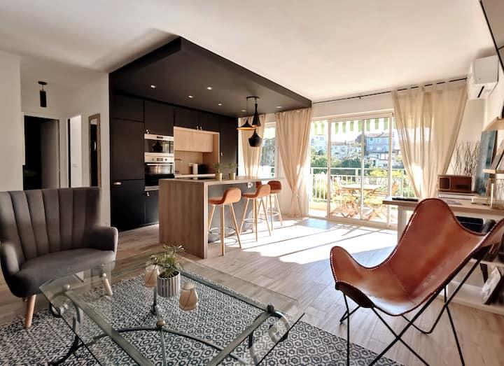 F2 48 m2 , cœur de ville +terrasse calme +parking