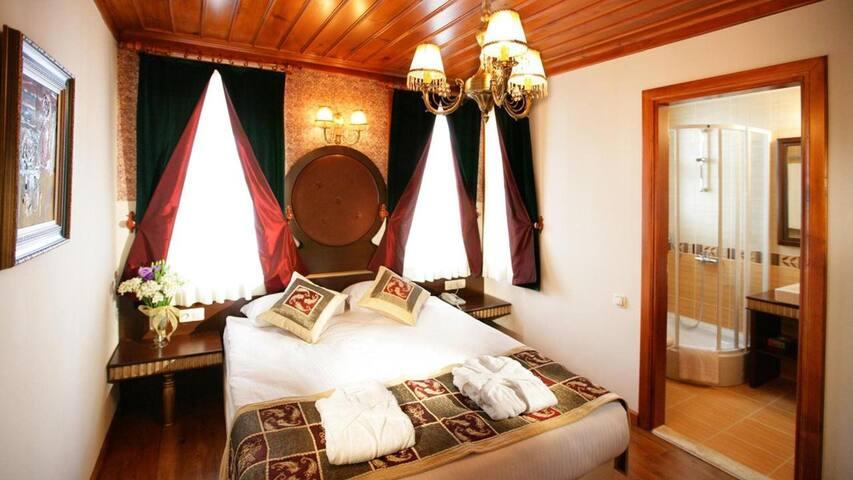 Mediterra Hotel
