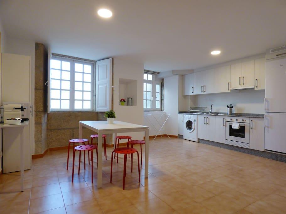 Apartamento en plaza de cervantes apartamentos en alquiler en santiago de compostela galicia - Apartamento santiago de compostela ...