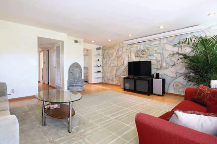 Sunny Spacious Comfy Family Mission Valley Condo