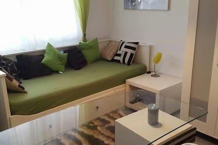 Komfortables und sauberes Zimmer - Apartamento