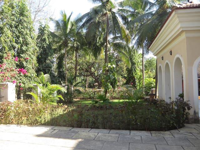Beautiful modern villa in Corjuem, North Goa. - Aldona - Vila