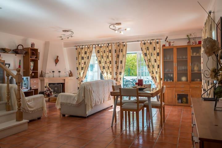 Guli Villa, Armaçao de Pera, Algarve