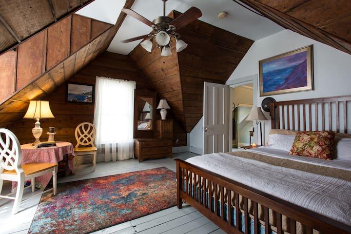 Mt Katadhin Room Mtn Applachian Inn