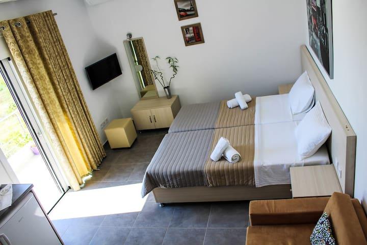 Mariza's house 1 - Skiathos - Condominium
