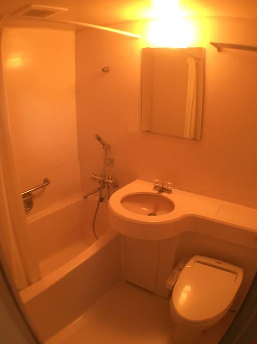 バスルーム、トイレ