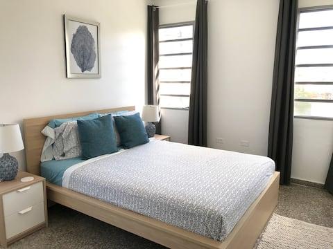 Comfortable 1 bedroom next to beach with balcony