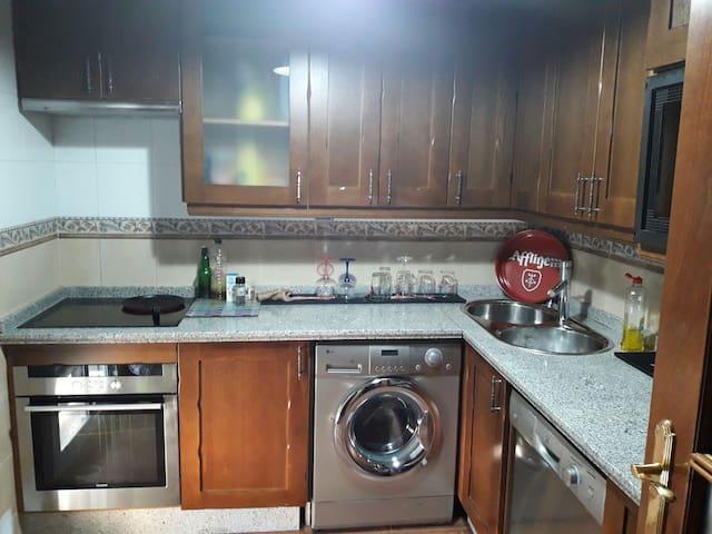 Habitación privada (ático acogedor) - Ogíjares - Διαμέρισμα