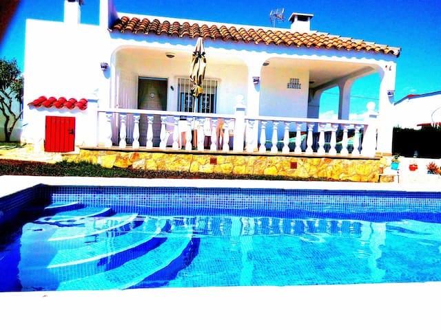 Villa Encanto - La Charme