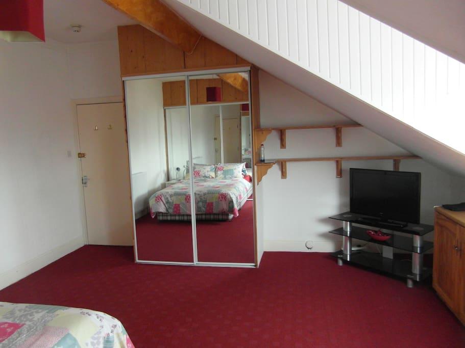 Bedroom, 238, Rm 5