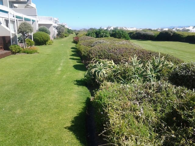 Dolphin Beach 2 bed Self Catering Apartment