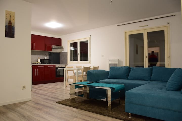 Appartement moderne avec deux chambre à coucher