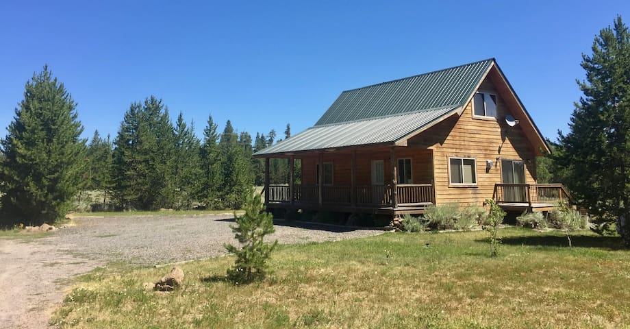 Henry's Fork Getaway Cabin - Sleeps 6