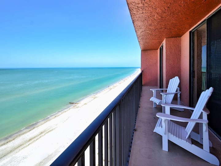 Madeira Towers 802 Renovated Madeira Towers Beachfront 2 Bedroom 2 Bathroom Condo