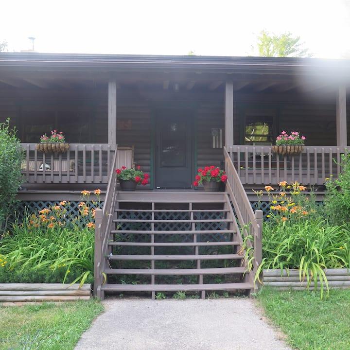 Northern Catskills Log Cabin