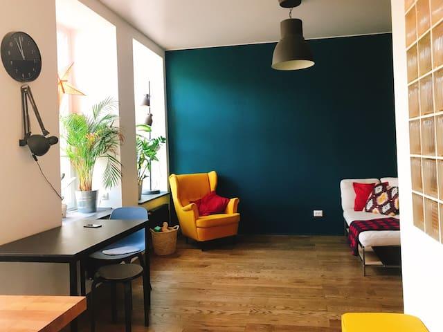 Просторная квартира на острове кофеен