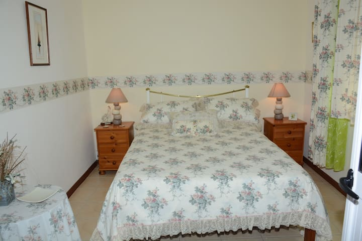 Ensuite Bed Room/Airconditioner
