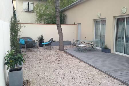 Maison moderne et lumineuse, 2 chambres, jardin - 图卢兹 - 独立屋