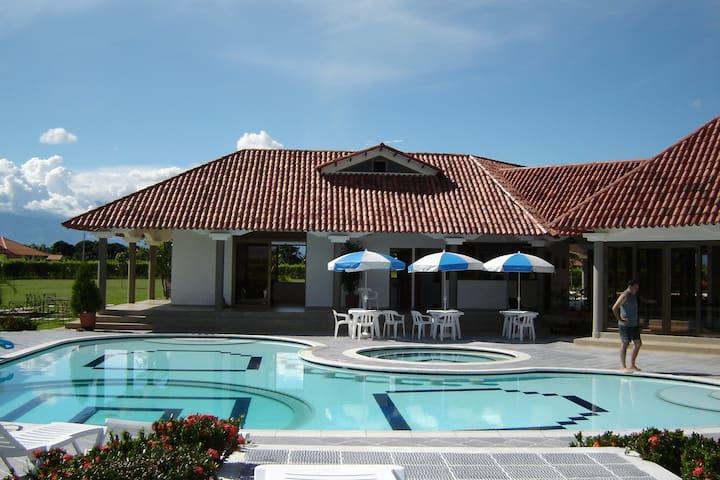 casa blanca - villavicencio