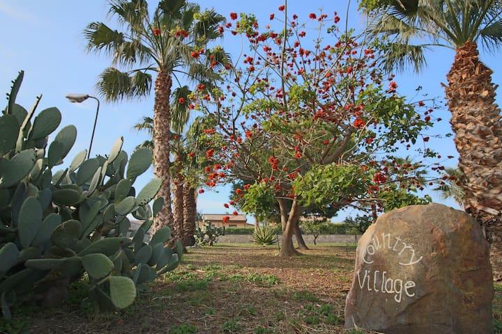 Villa Irene, a pochi km da Cefalù, 150 mt spiaggia - Piana Calzata - Villa