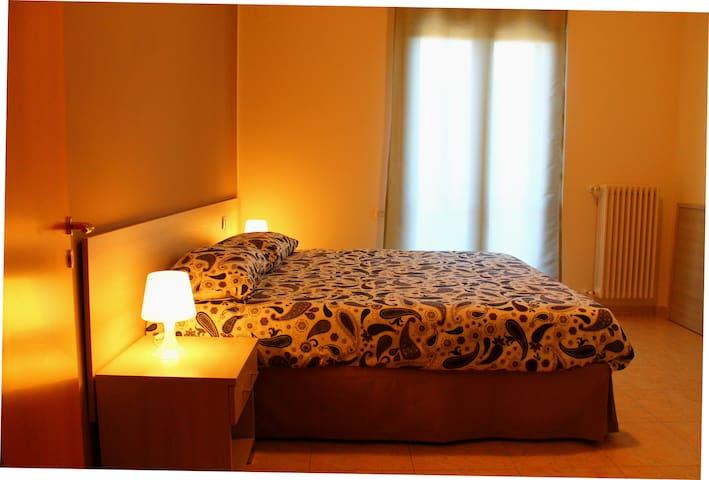 "Casa ""Vacanze Lucane"": ideale per famiglie/gruppi - Matera - Apartamento"